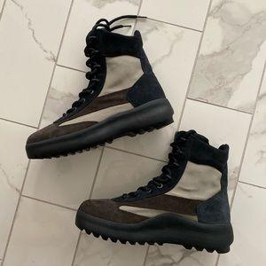 Kanye Yeezy Boot Season 5 (Oil) Size 11 Men NWOB
